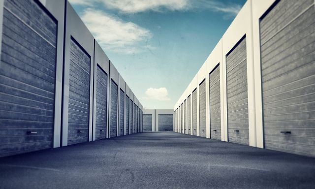 Need help deciding on a storage facility? Just be sure to follow these rules.