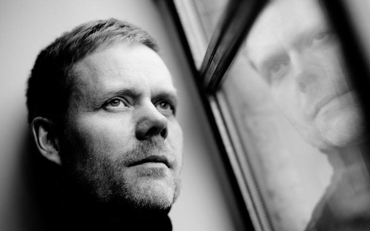 Contemporary classical composer unveils 'eight-hour lullaby' which audience will listen to from beds