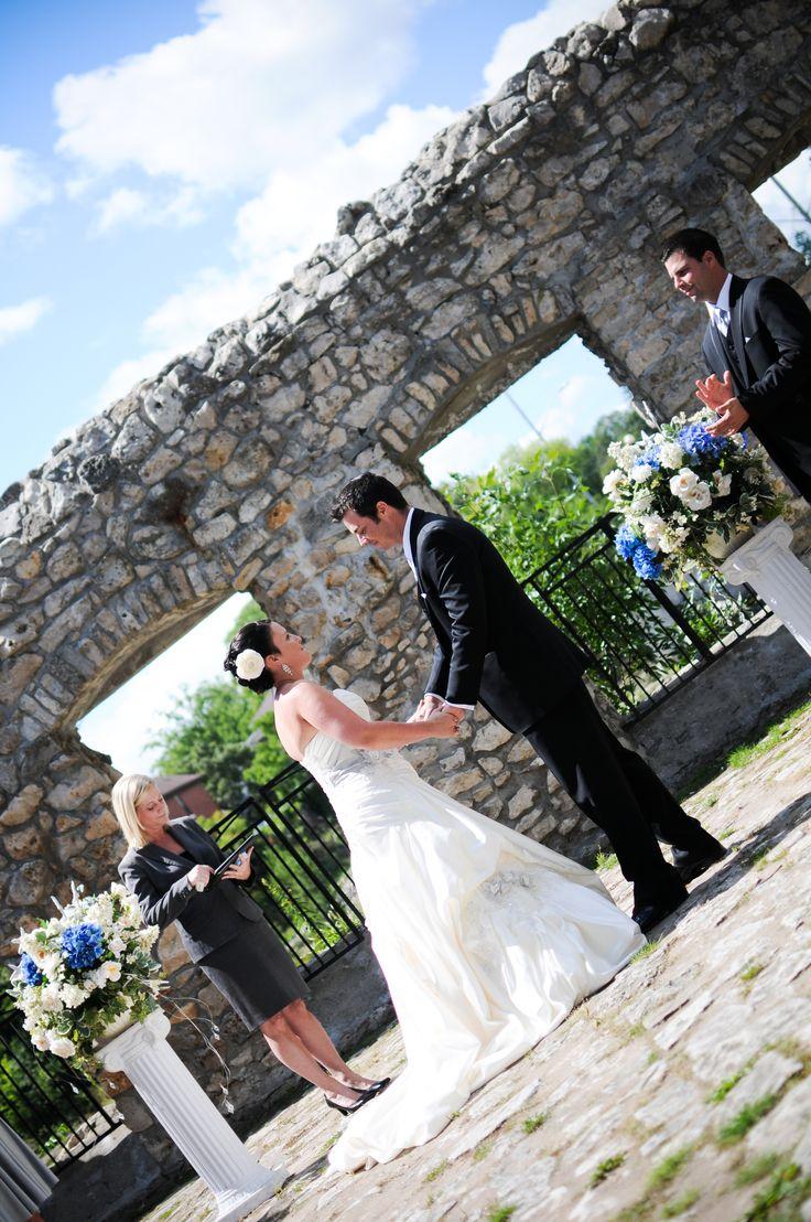24 Best WEDDINGS