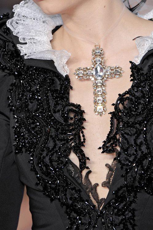 """"""" Christian Lacroix Haute Couture - 2008 Detail """""""