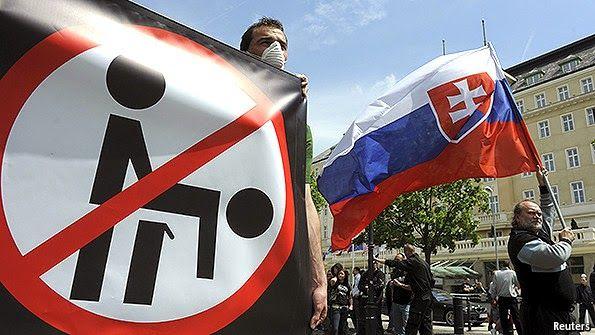 δημοψηφισμα σλοβακια http://equalparentinggreece.blogspot.gr/2015/02/dimopsifisma-kata-ton-gamon-omofilofilon-kai-tis-iothesias-paidion-apo-aytous-dieksagetai-stin-slovakia.html