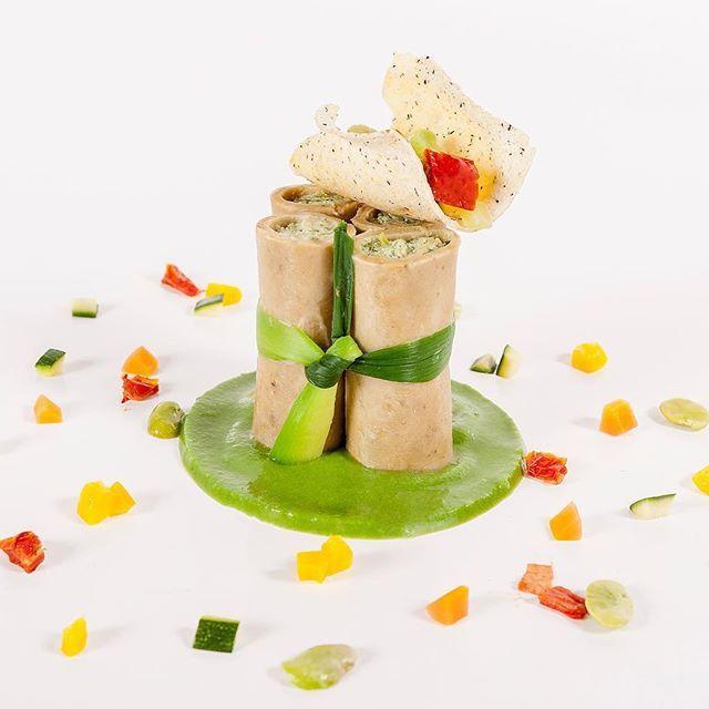 JRE FOOD TOUR Chef JRE Enrico Gerli ristorante I Castagni Vigevano (PV) #jrefoodtour #jrestartoftour #enricogerli #icastagni #ristoranteicadtagni  #vigevano  #pavia #certosadipavia #ristoranteicastagni #milan #enjoymilan #milano #eightysevenjre  #colour #creativity #instafood #foodie #gourmet  #foodpic #foodphotografy  #amazing #delicious #theartofplating #deliciousfood  #arounditaly #enjoy  #ristorante #foodie #photooftheday  #tasteflavours