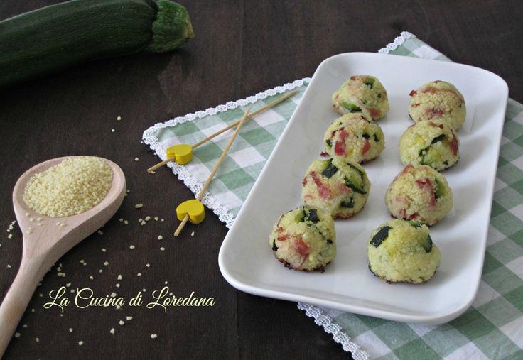 Piccole e deliziose Polpette con zucchine e speck preparate con un ingrediente insolito e particolare che le rende irresistibili