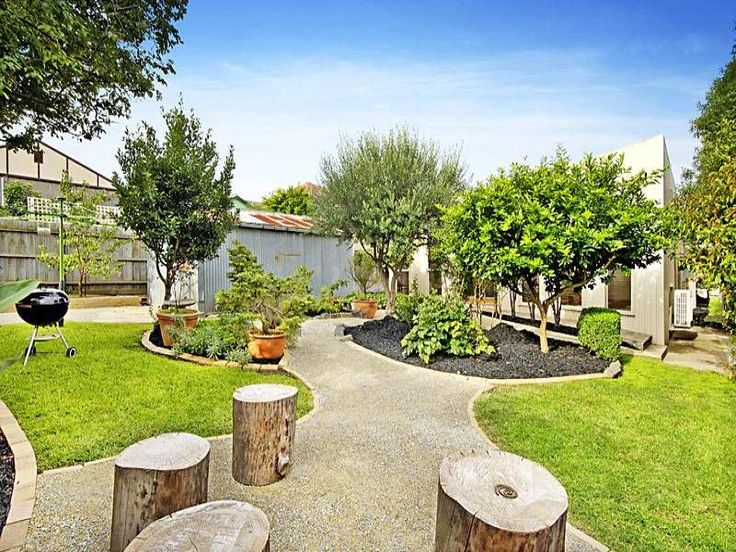 Australian native garden design using grass with gazebo  sculpture - Gardens photo 194864