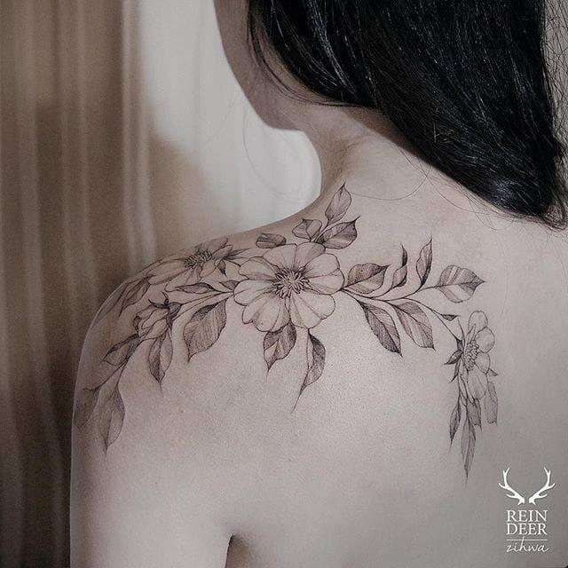 best 25 fine line tattoos ideas on pinterest small tattoo small tattoos and small rose tattoos. Black Bedroom Furniture Sets. Home Design Ideas