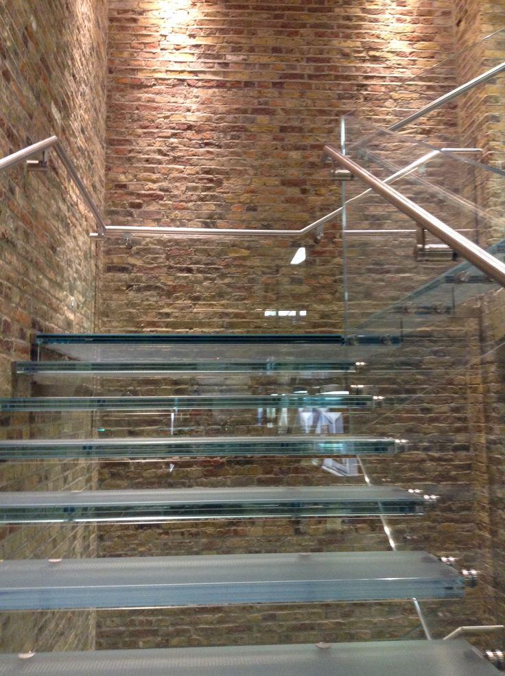 Apple store Covent Garden Bricks & Glass