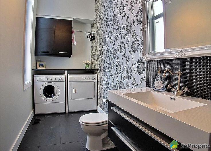 Salle de lavage salle de lavage pinterest for Habillage fenetre salle de bain