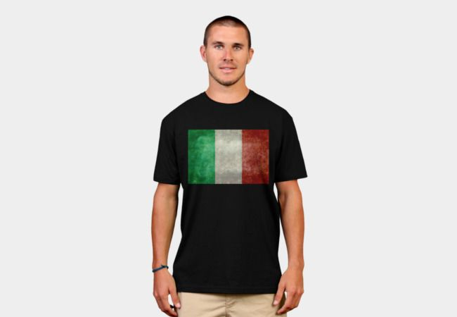 Flag of Italy, vintage retro style T-Shirt - Design By Humans #Italy #Italian #Italyflag #Italianflag