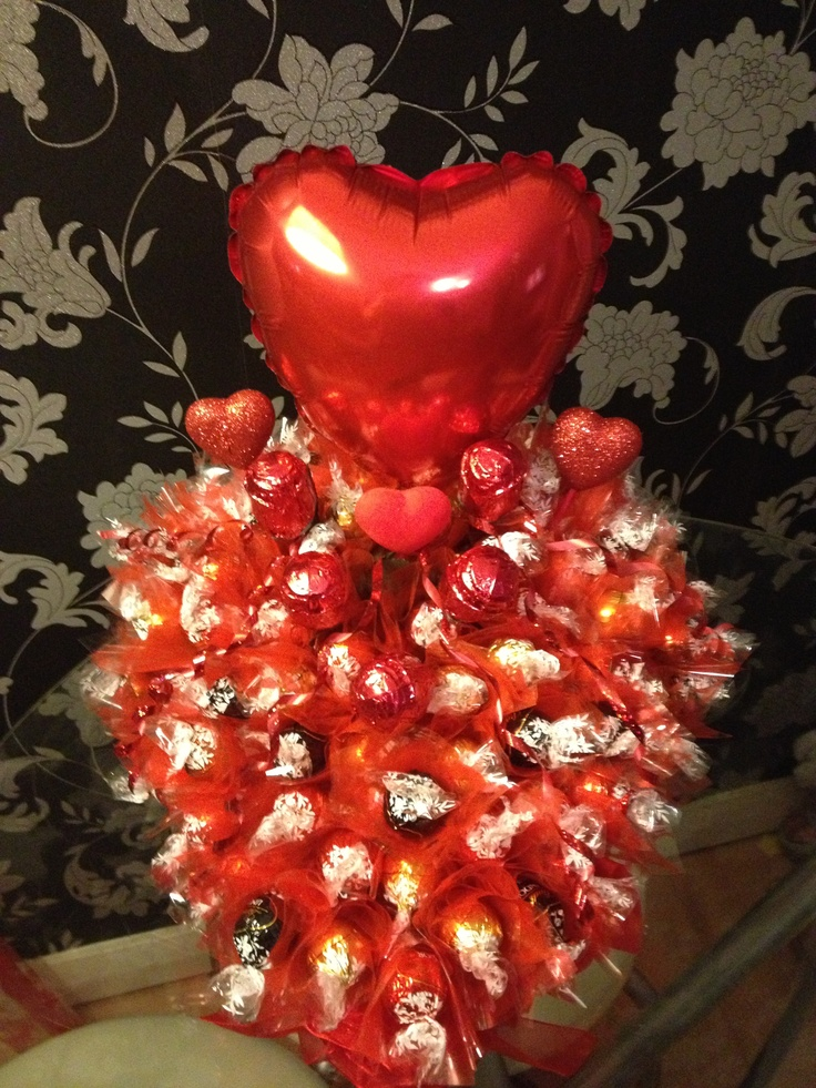 Valentines chocolate bouquet. 75 Lindt chocolates and 5 chocolate roses.