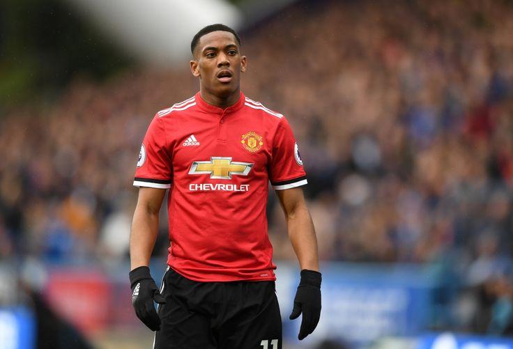 Nóng: Không chịu cảnh dự bị, Martial đòi rời Man Utd