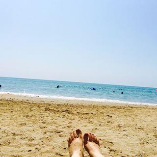 kumsalda çekilmiş ayak resimleri