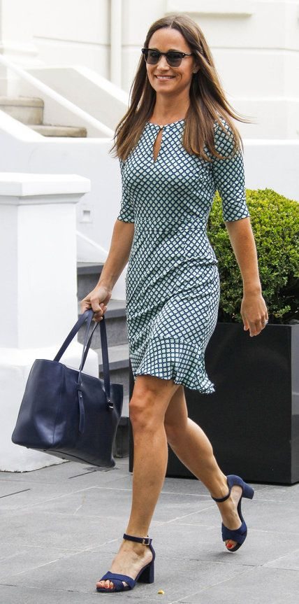 Pippa Middleton's sleek printed sheath dress could not be more flattering | from InStyle.com