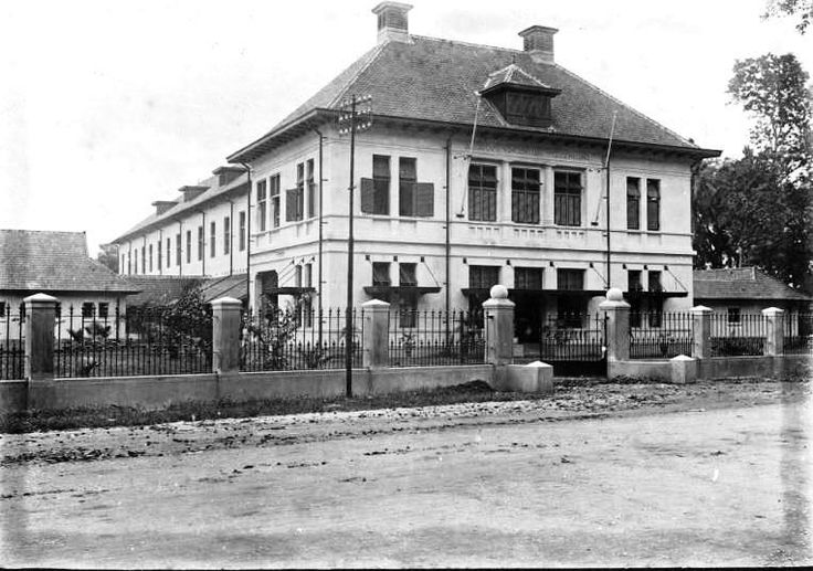 the orphanage of St. Vincetius in east Jakarta, managed by the Catholic Ursulin congregation photo was taken during 1915. It is now still being used for the same purpose looks shiny and cleanly white, a beautiful old building.