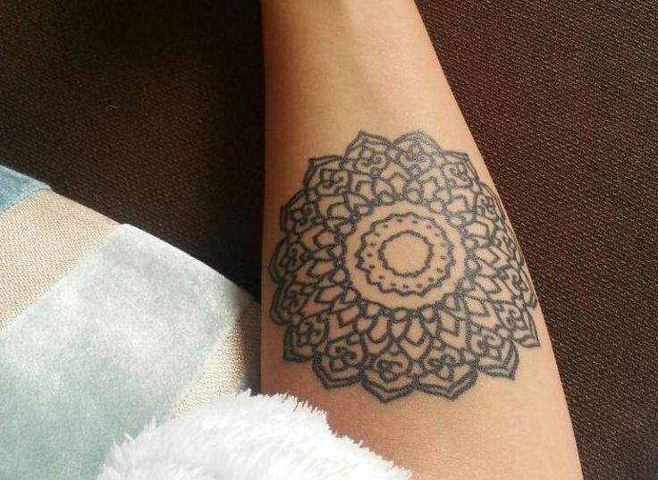 25 best ideas about tattoo motive unterarm on pinterest. Black Bedroom Furniture Sets. Home Design Ideas