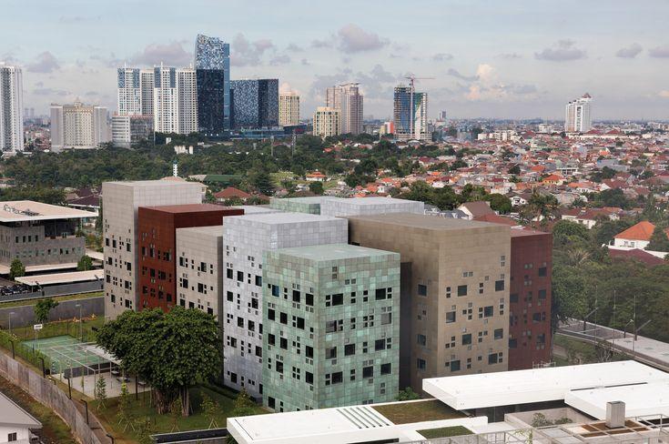 Gallery of New Australian Embassy Jakarta / Denton Corker Marshall - 8
