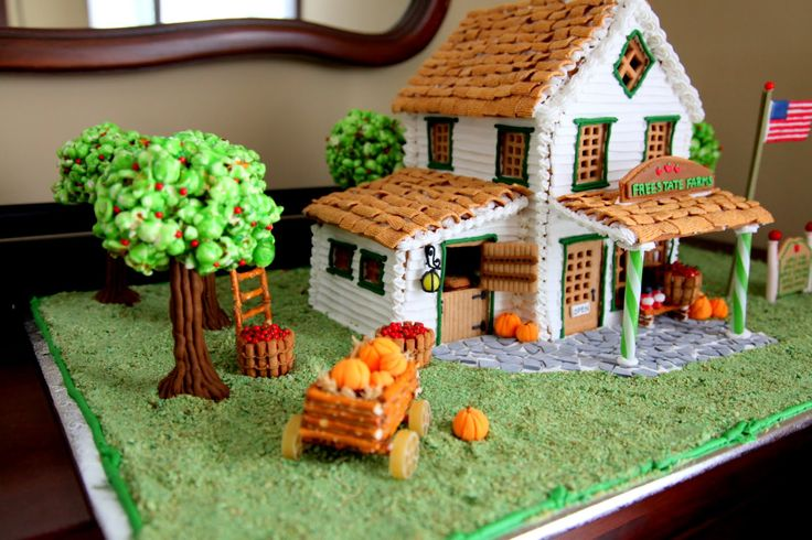 Gingerbread Apple Farm House