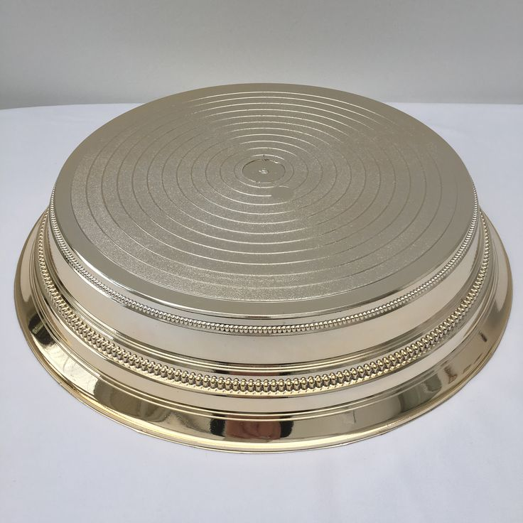 14 inch round gold cake stand.  Over 25 different cake stands available to hire / rent.   The Cake Lab Bakery, Ranelagh, Dublin, Ireland. Artisan Baking Studio.