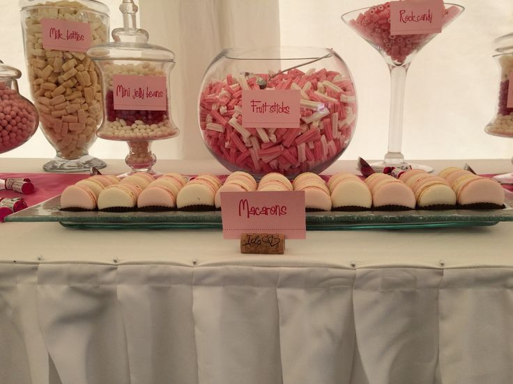 Macarons from Indulge Designer Cakes complemented this lolly buffet beautifully.