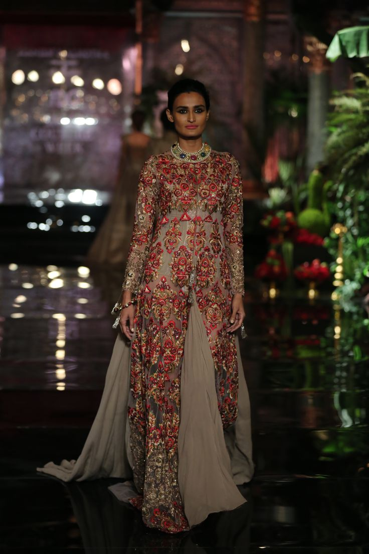 #LongShirts#Couture#Florals#Embroidery#Embellishment#Jewels#Couture