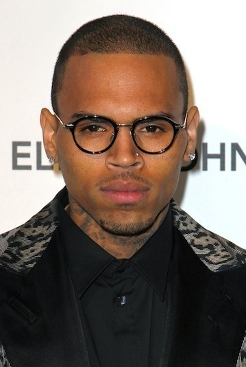 """Chris Brown Writing Song For Rihanna, Staying on """"Focused Path,"""" Taking in Third-Person"""