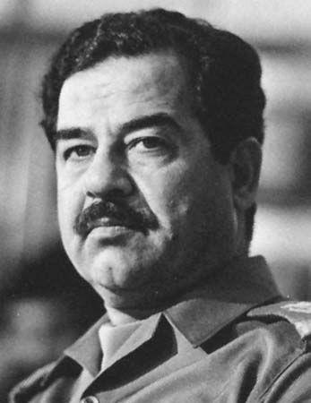 Saddam Hussein -  foi um político e estadista iraquiano; e o quinto presidente do Iraque  Hussein foi uma das principais lideranças ditatoriais no mundo árabe e um dos principais membros do Partido Socialista Árabe Ba'ath,  Saddam teve um papel chave no golpe de 1968 que levou o partido a um domínio de longo prazo no Iraque. Em 5 de novembro de 2006, após um julgamento conturbado, o tribunal iraquiano condenou Saddam à pena de morte por enforcamento por crimes contra a humanidade.