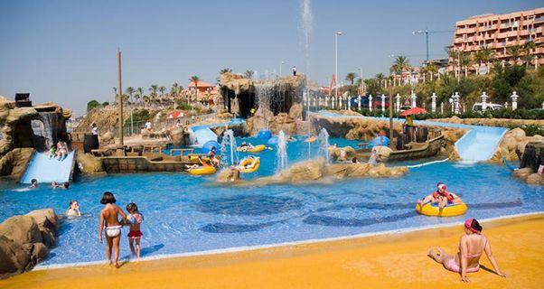 Holiday World Resort De Benalmádena En 2020 Toboganes Vacaciones Parque Acuatico