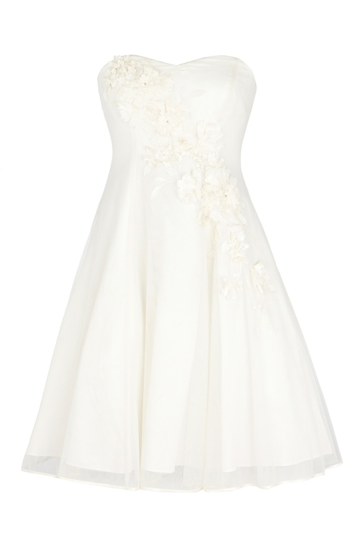 169 best vintage inspired wedding dresses images on pinterest for Vegas style wedding dresses