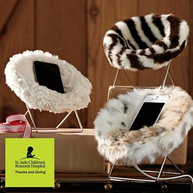 mini hang a round phone chair our phones need a comfy. Black Bedroom Furniture Sets. Home Design Ideas