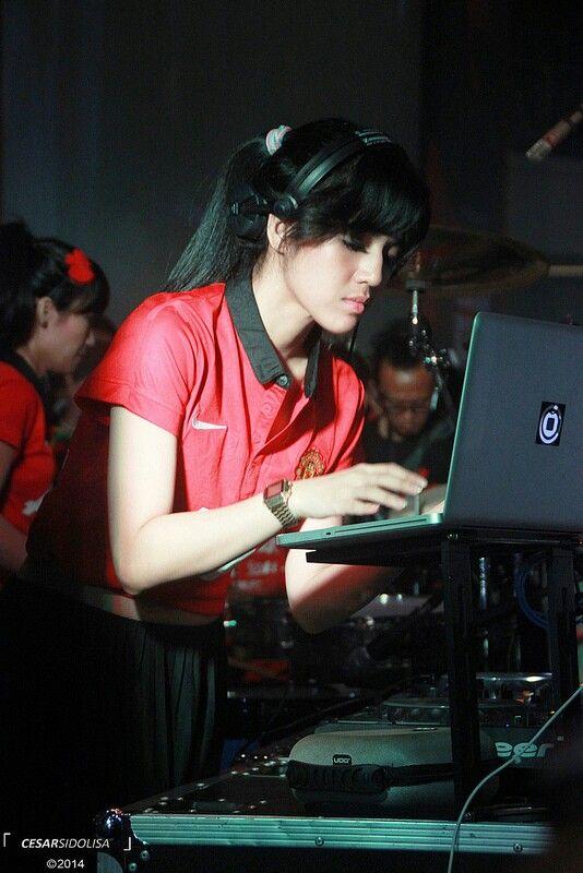 DJ Una