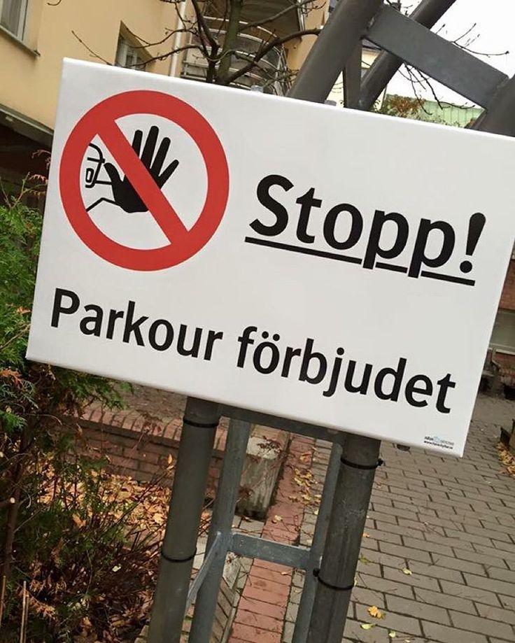 """Lite väl mycket Södermalm över denna skylt/ Too much Södermalm over this sign /"""