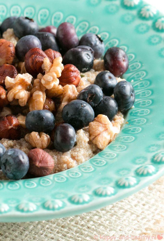 Amaranth oats met noten en fruit, heerlijk als ontbijt en glutenvrij! #happy #healthy #happyhealthynl #glutenvrij #hormoonfactor #natuurvoeding #powerfood #fitfood #fitfam #recepten #recept #amaranth #yummy