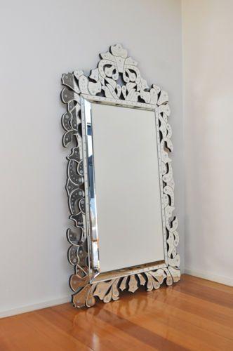 VENETIAN mirror LoVe