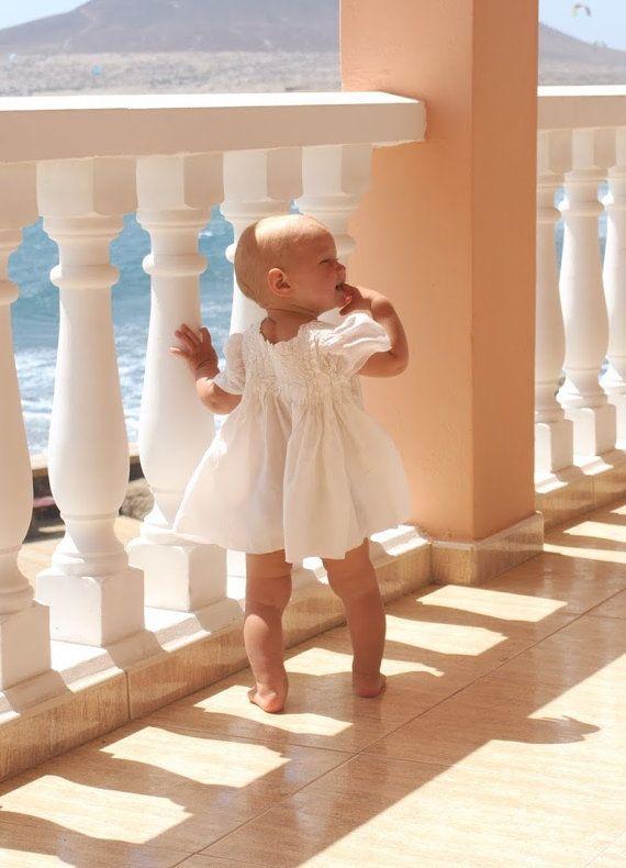 Speciale gelegenheid baby meisje jurkje - nuno vilten natuurzijde en merinoswol - witte ter volgorde pasgeboren baby maten Ik maak deze baby meisje jurken