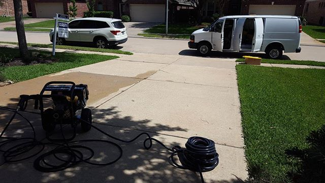 Tescoenterprisesllc Offers Pressurewashing Services In Houston Tx We Offer Tileandgrout Junkremo Commercial Cleaning Residential Cleaning Cleaning Service