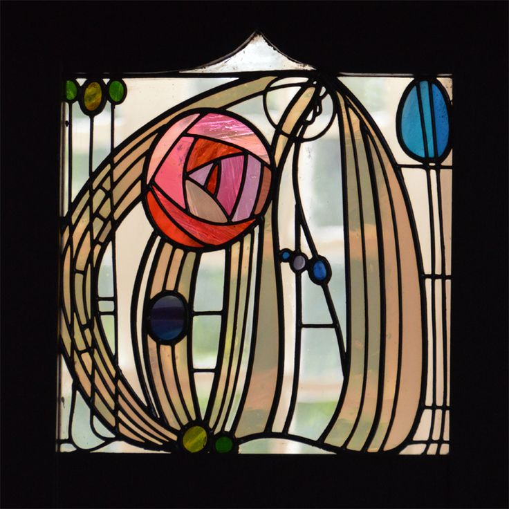 #CharlesRennieMackintosh rose glass panel  House for an Art Lover