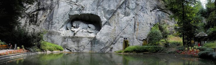 Loewendenkmal – impunător monument cioplit în stâncă - Lucerna, Elveția