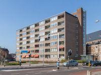 Appartement / huis te koop Enschede: Het vooraanzicht van de cityflat. Op een van de beste plekken in de stad. Ideaal om lekker de stad in de te lopen of fietsen. En veilig, want de hele route is goed verlicht! Het appartement is 6 hoog helemaal rechts.  http://www.funda.nl/koop/enschede/appartement-48050846-oldenzaalsestraat-109-601/