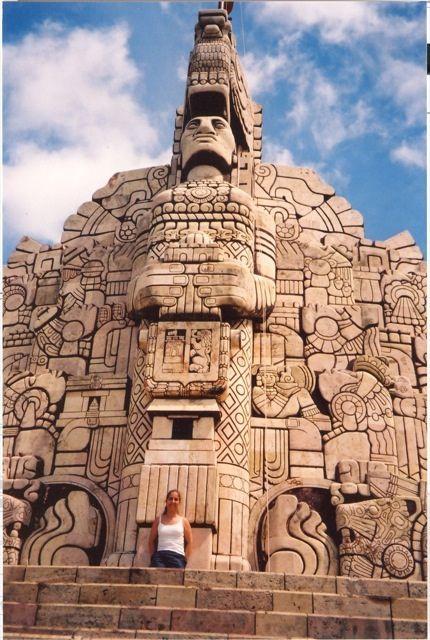 Mexico monumento de la ciudad de Mérida.