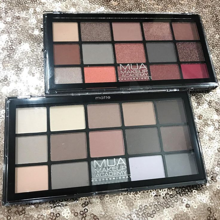 Oooh @muacosmetics are killing it right now with their new launches The pigmentation on these new MUA Pro Palettes is amazing and they're only £5 for 15 shades, plus they're on 3 for 2 at @superdrugloves right now.... meaning you can get 45 fab quality shadows for £10 There are six to choose from, and I bought Fire Vixen (top) and Matte Feather Light (bottom)