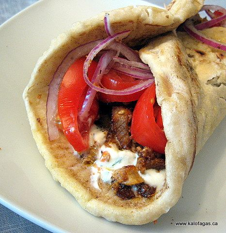 pitas (John would die with the gyro, another time maybe!). The pitas ...