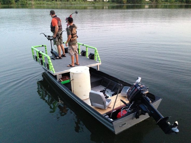 Bowfishing boat decks