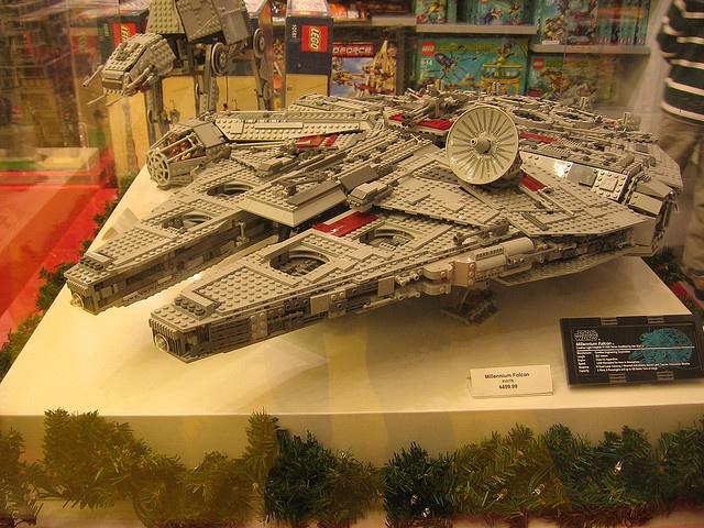 lego millennium falcon god i wanna have 2k to waste on this so bad