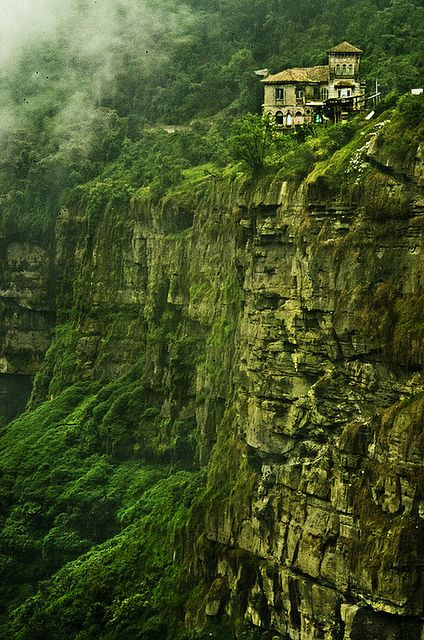 Haunted Hotel Del Salto, Colombia