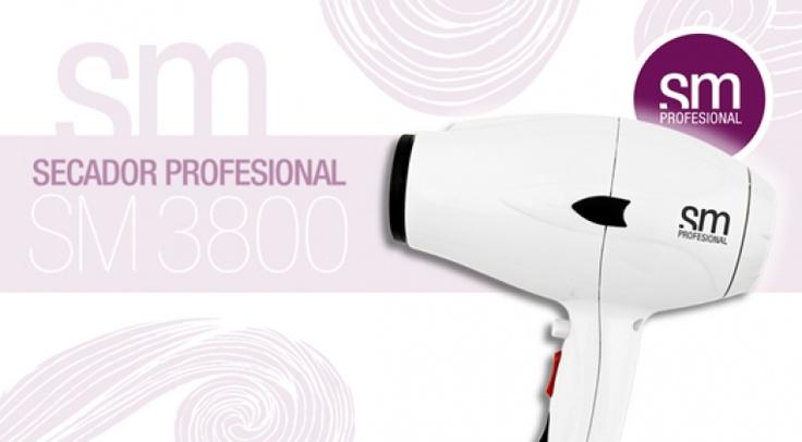 Termix, artículos de peluquerías tiene el agrado de presentar el nuevo secador SM. La gama low cost mas profesional del mercado