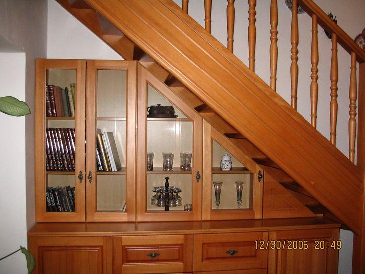schody a knihovan - Hledat Googlem