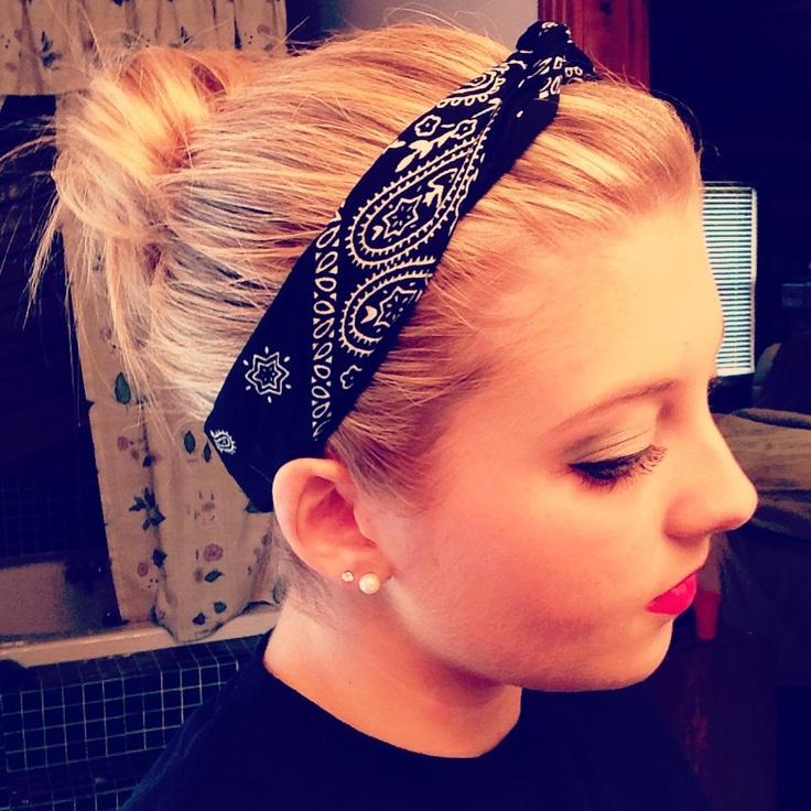 Bandana Headband And Messy Bun Amazing Hair Pinterest
