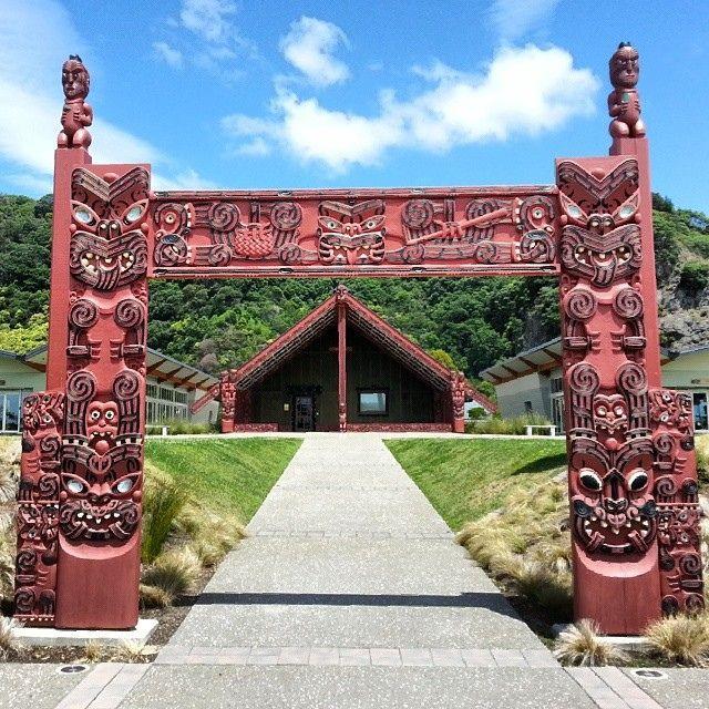 Te Manuka Tutahi Marae #whakatane #newzealand #aotearoa #bayofplenty #maori #marae #whare #carvings #culture