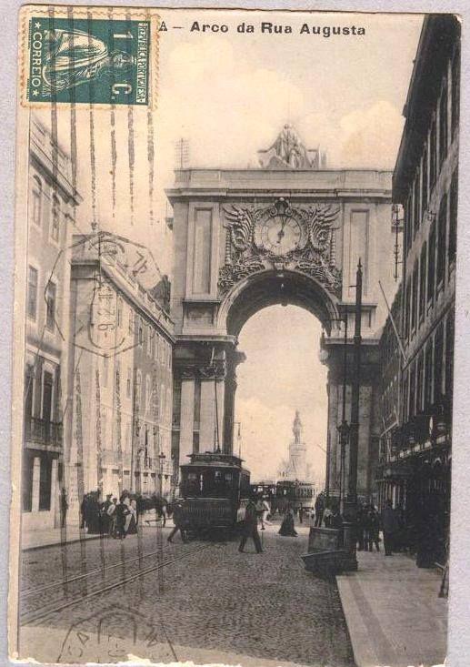 | Rua Augusta, (início do século XX)- Postal ilustrado da Tabacaria Neves. -