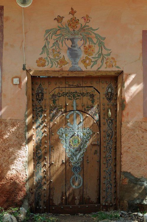 ok, so it's a door.. I like to think it opens onto a lovely path ;-)