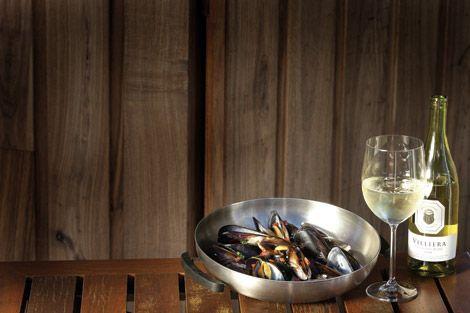 Witte wijn mosselen op de Cobb